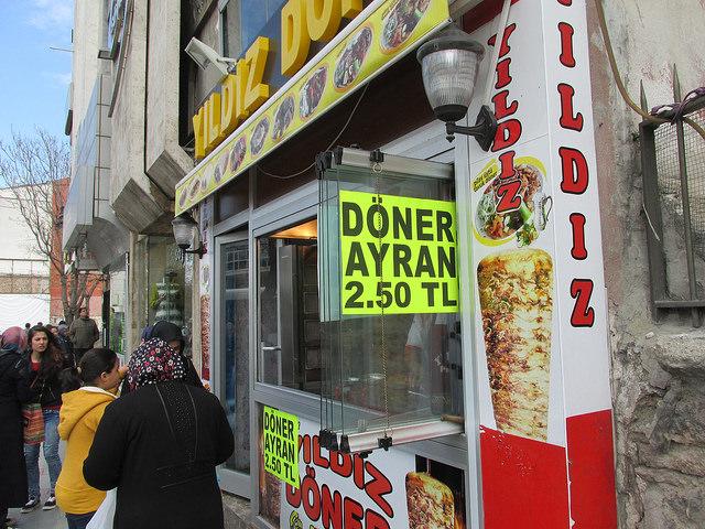 kebab+ ayran 0,9€