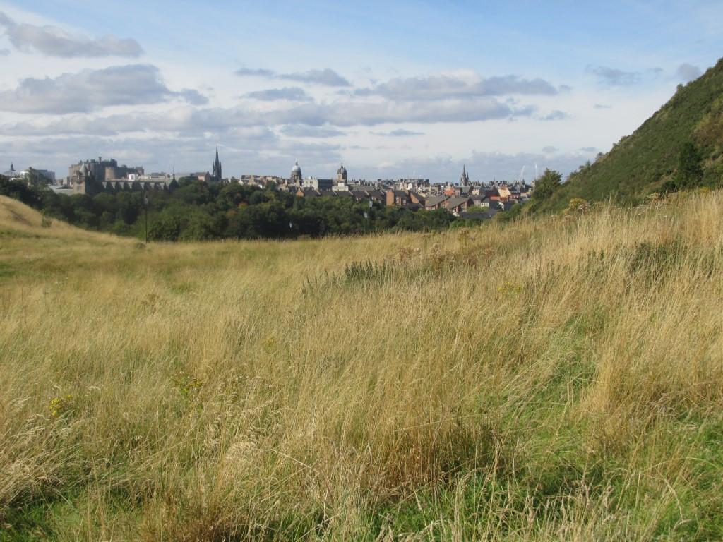 Edimburgo skyline visto da..