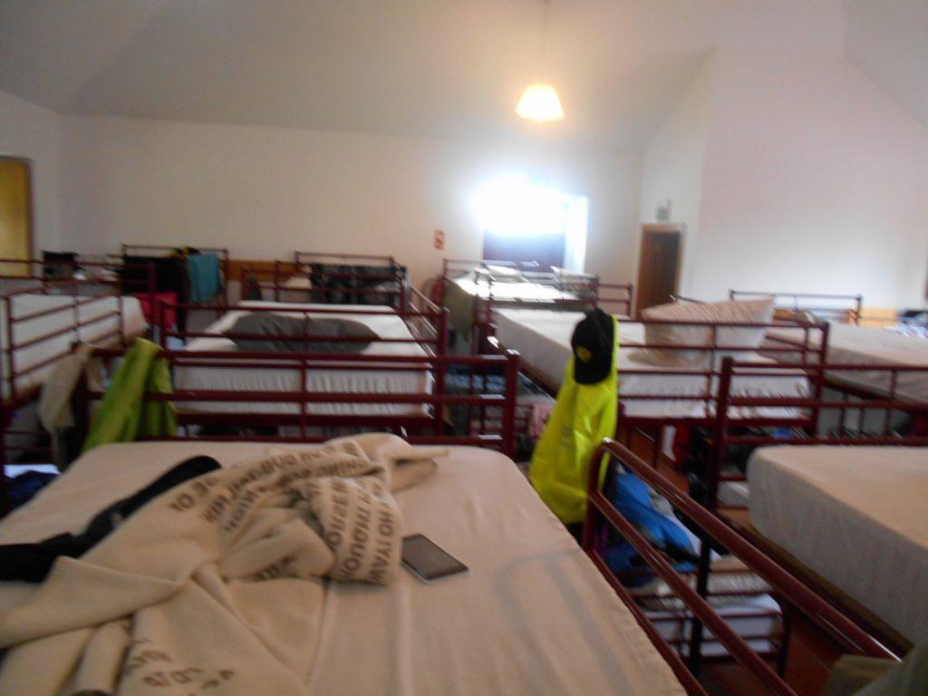 Mega dormitorio albergue Rubiaes