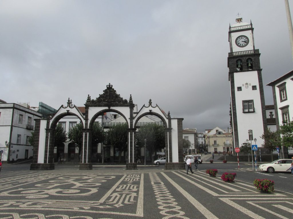 Ponta Delgada, porte città, free tour
