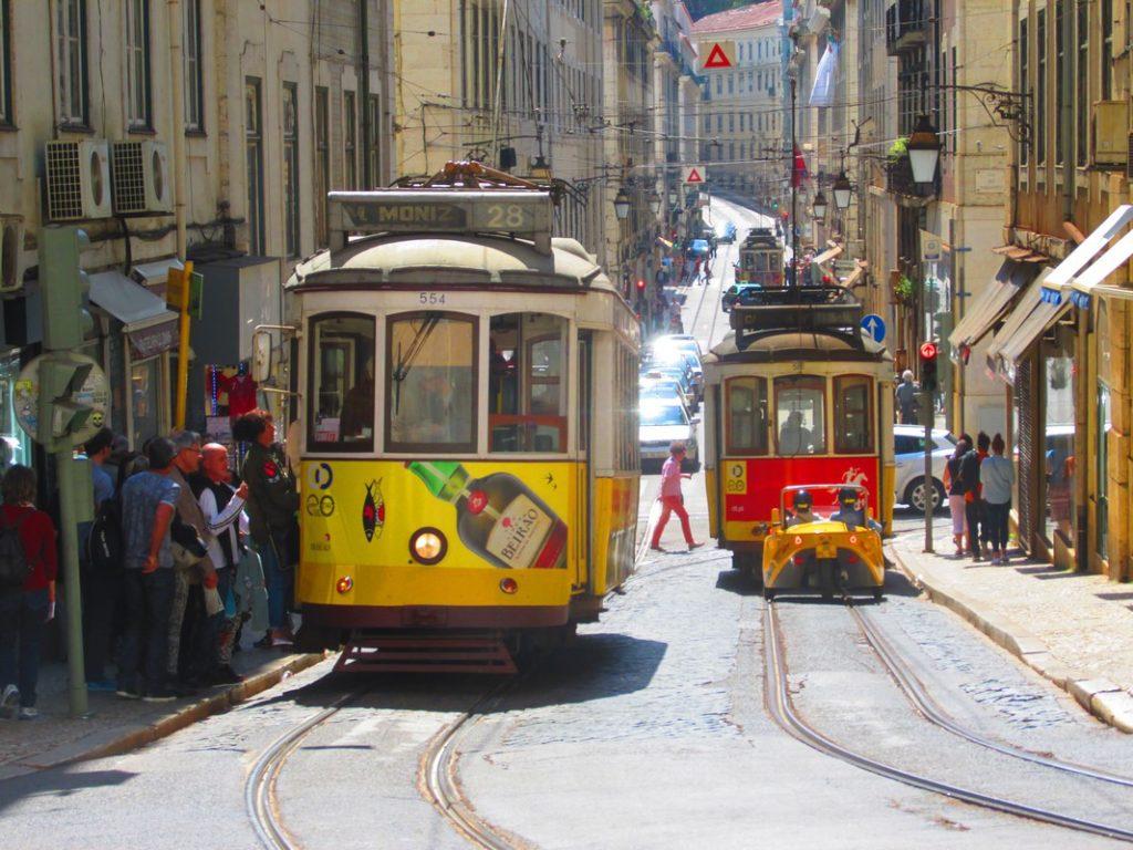 3-lisbona-tram-copia