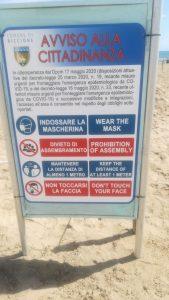 spiaggia libera riccione mascherine