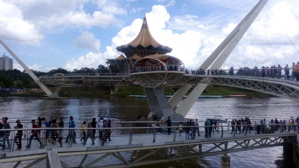 Kuching, ponte dell'amicizia appena inaugurato